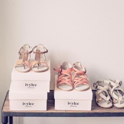 ivylee tre par sandaler