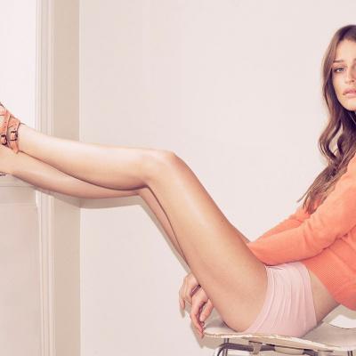 ivylee model med sandaler